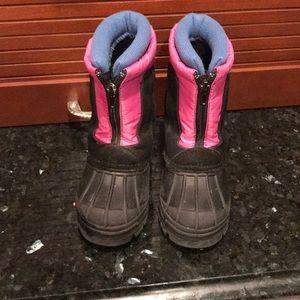 👧🏼🌸Girls Totes Boots 🥾 ~ Sz 9, GUC- Ski Boots